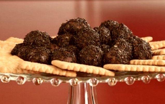 Τρουφάκια σοκολάτας με πτι μπερ