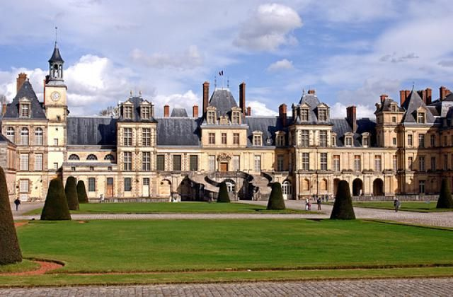 Suggestions for easy to organise great day trips out of Paris: Fontainebleau in Ile de France