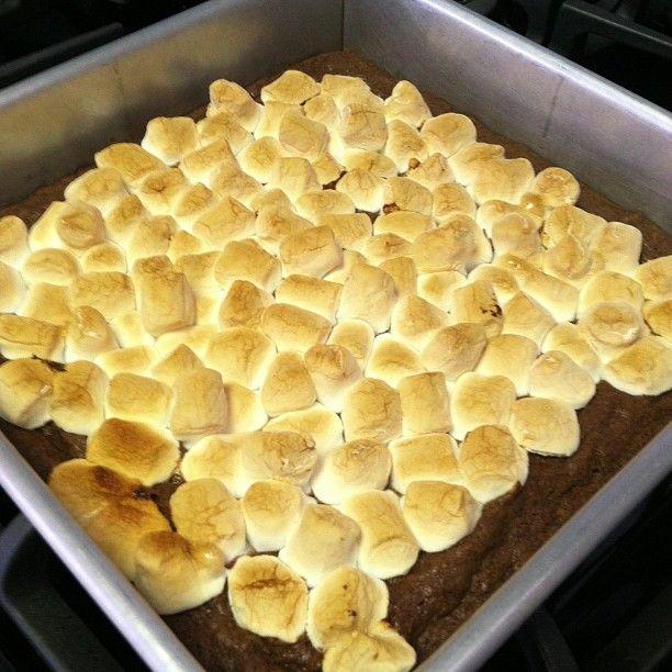 gluten free, brownies, Smores, dessert, recipe, Rella, Penny Pinching Epicure, best gluten-free dessert recipes, all gluten-free desserts, free gluten-free dessert recipes, camping