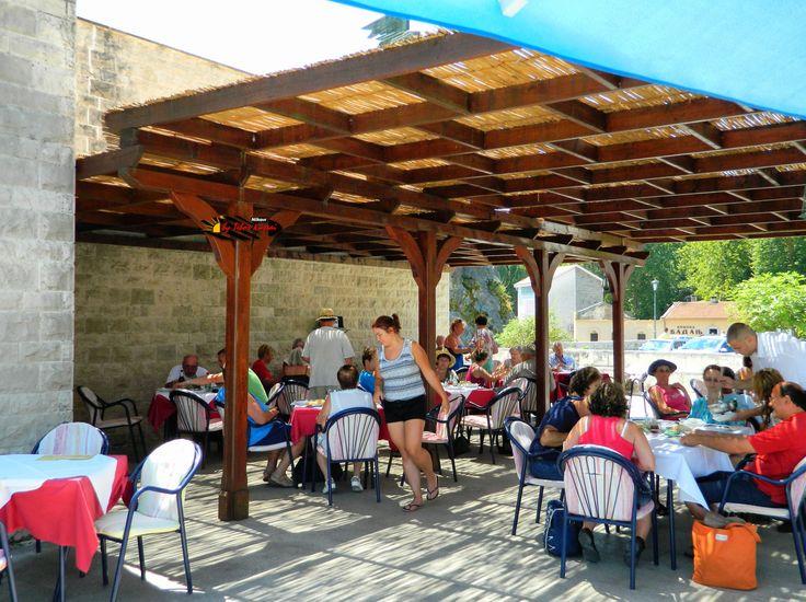 National Park, Lake Skadar, Hotel VIR and Restaurant, Virpazar, Montenegro, Nikon Coolpix L310, 6.2mm, 1/320s, ISO80, f/3.3, HDR-Art photography, 201607091313