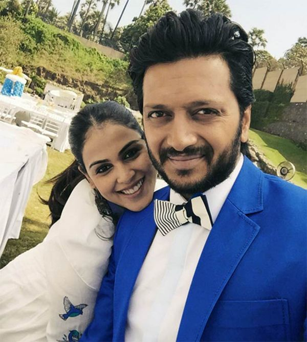11 Pictures Which Prove That Riteish And Genelia Are The Cutest Couple Of #Bollywood- #RiteishDeshmukh #GeneliaDsouza #Cutest #Couple