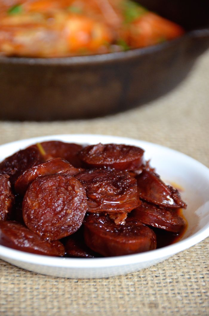 Fried chorizo in red wine appetizer. Try this easy tapas recipe for your next party.