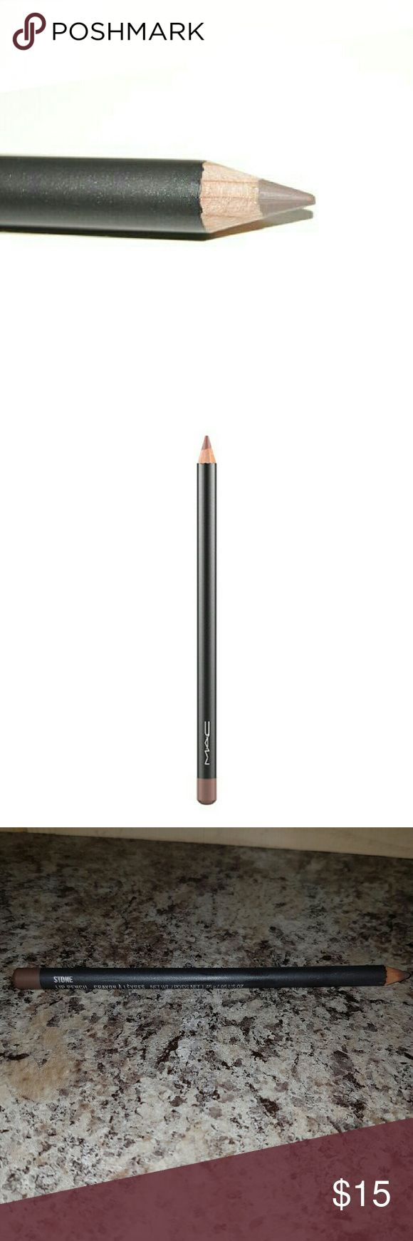 MAC Lip Pencil in the shade Stone Authentic MAC lipliner in the shade Stone.  It is a Muted greyish-taupe brown color. Made in Germany. MAC Cosmetics Makeup Lip Liner