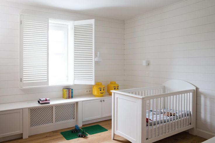Copahome shutters wit kinderslaapkamer / volets en bois blanc / Shutters white