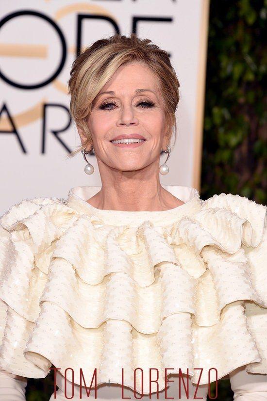 Jane-Fonda-Golden-Globes-2016-Red-Carpet-Fashion-Saint-Laurent-Couture-Tom-Lorenzo-Site (3)