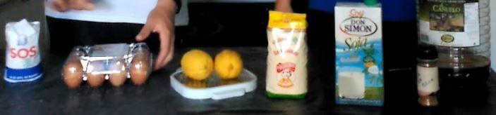 Los ingredientes son: Arroz, huevos, ralladura de limón, harina, leche de soja, canela en polvo y aceite de oliva