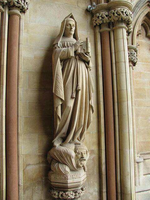 Statue of Margaret Beaufort at St John's College Cambridge...
