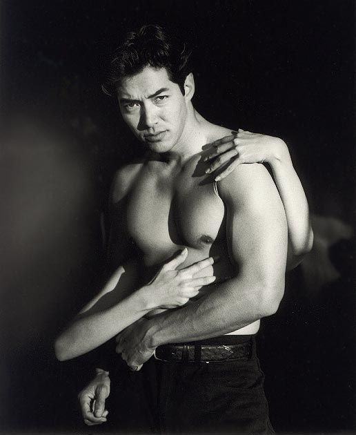 Russell Wong. Swoon.     Google Image Result for http://bestof.provocateuse.com/images/photos/russell_wong_99.jpg