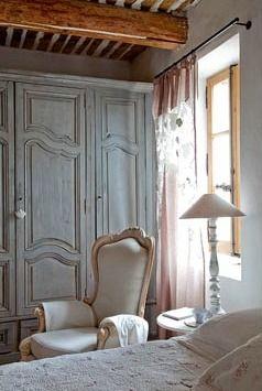 provence+bedroom+beamed+ceiling+grey+wardrobe.jpg 238×355 pixels