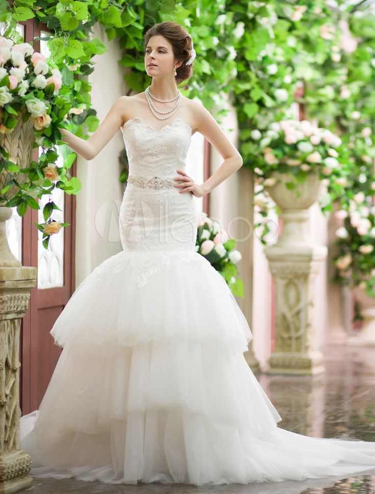 Ivory Mermaid Sweetheart Neck Tiered Satin Wedding Dress With Court Train