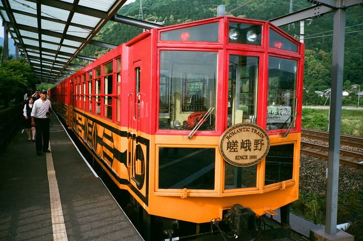 12.保津峡の自然美を堪能!「嵯峨野トロッコ列車」(京都市・亀岡市) - 京都のおすすめ名所観光スポット、20個厳選しました。 - Find Travel