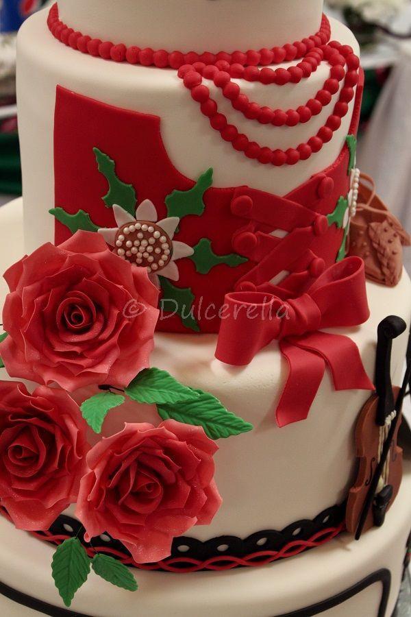 https://flic.kr/p/zSG5TM | Highlander wedding cake - Ania and Janek