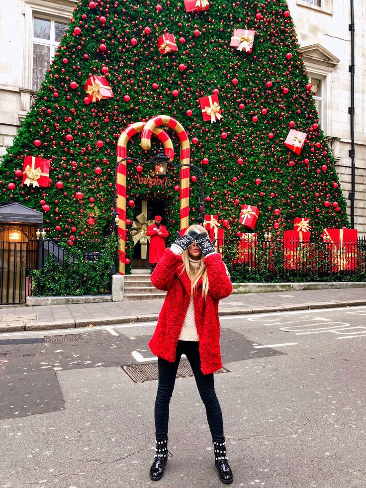 Top 5 Places You Should Visit To Get Into The Festive Mood In London London Christmas London Winter London England Photography