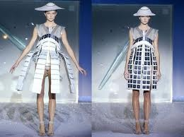 Hussein Chalayan animated dress