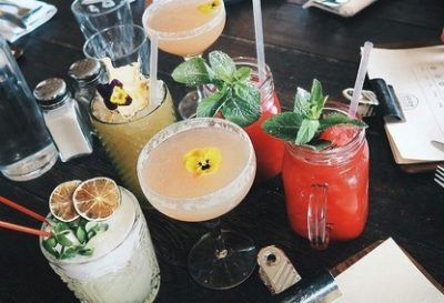 19 Edmonton Bars With Cheap Drinks To Get You Tipsy In Record Time