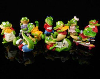 """Vintage Toys, Sammlerstück, Scrooge McDuck, Huey Dewey und Louie, Donalds Flotte Familie 1987, komplette Serie, KINDER Überraschungsfiguren   – """"Scrooge McDuck vs Flintheart Glomgold"""", by propartist."""