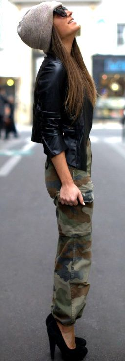 Gray beanie + black leather moto jacket + high waisted camo jogger pants + black heels | Street style outfit