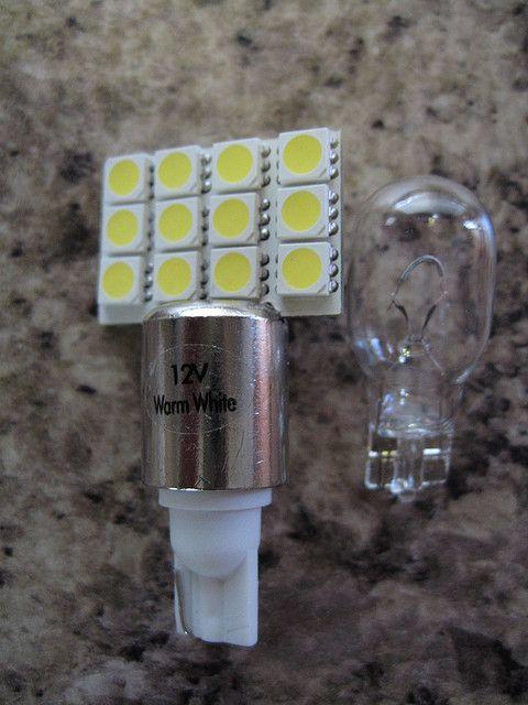 Lampka led - dzisiaj liczą się przepiękne lampy ledowe bądź opcjonalnie nadzwyczajne lampy o pokaźnych rozmiarach