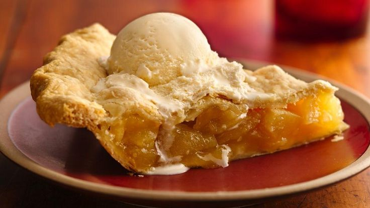 This apple pie drew attention at a state fair pie contest with its unexpected punch of orange flavor.