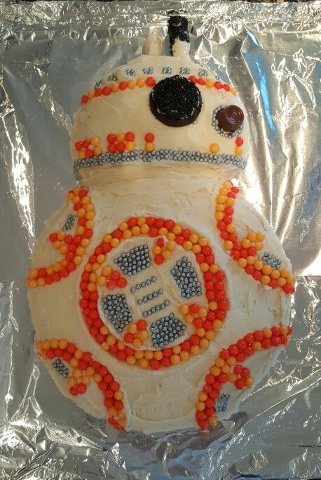 BB8 Star Wars Cake- this one actually looks manageable! cute :)