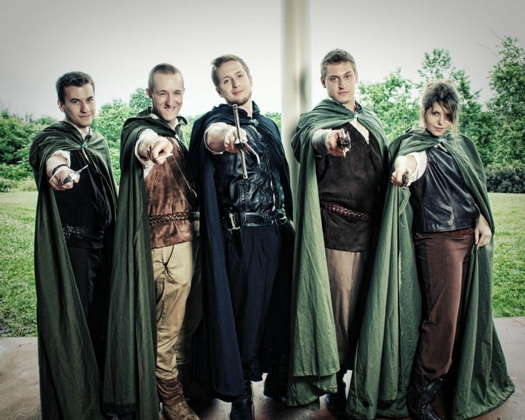 Groomsmen Outfit In Lord Of The Ring Theme