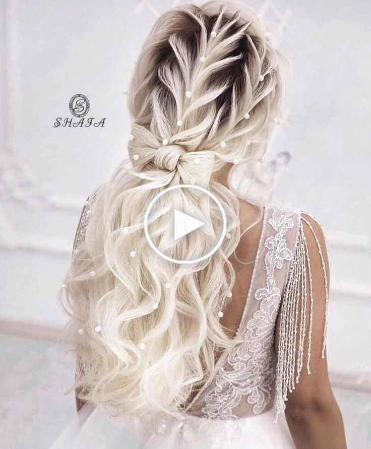 Great wedding spreads for long hair is now so hard to find. We collected the best ideas that will make stunning and super romantic. Wedding updates for long hair can be so beautiful, so why not find that with our help? Wedding updates for long hair can be so different and beautiful at the same time. #prettyhairstyles