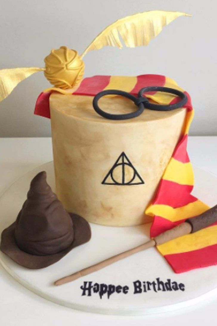 25 best harry potter cakes ideas on pinterest. Black Bedroom Furniture Sets. Home Design Ideas