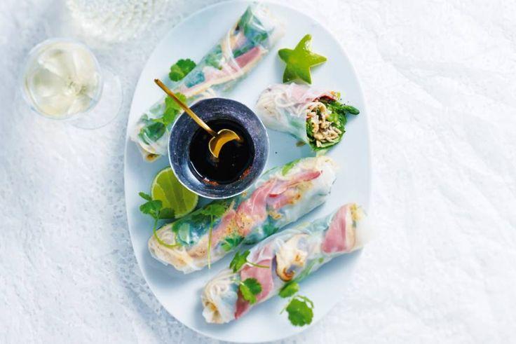 Perfect voor een diner met vrienden: bijzonder Aziatisch voorgerecht - Recept - Rijstvelloempia's met eend - Allerhande