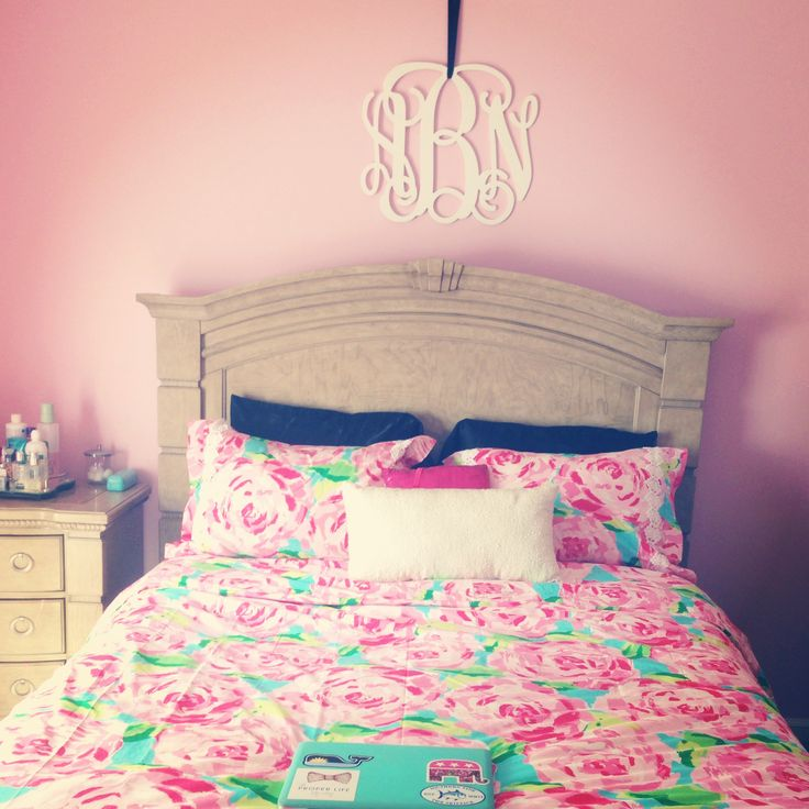 lilly pulitzer bedroom iced coffee and peonies simple cheap ways to spice up 12128