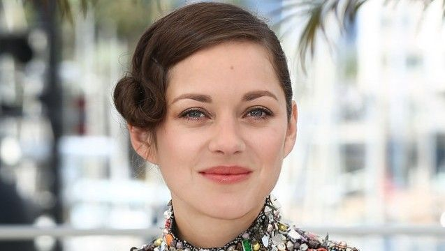 Marion-Cotillard-2014-Cannes-Film-Festival-Best-Beauty-Looks-Day-7-e1400681967590.jpg (637×360)