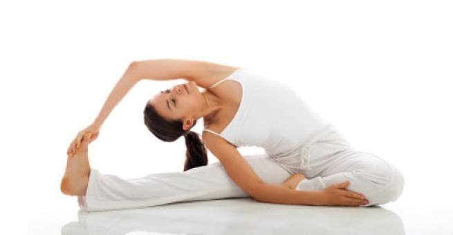 Mal di schiena da scrivania: ecco come prevenirlo con alcuni semplici esercizi