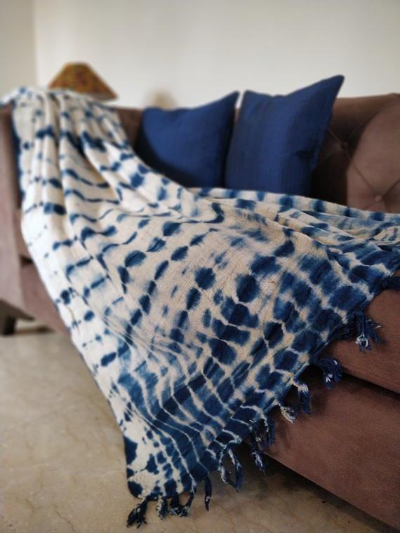 Shibori Sofa Throw Blanket Indigo Blue Cream Tie Dye Cotton Etsy Sofa Throw Blanket Blanket Throw Blanket