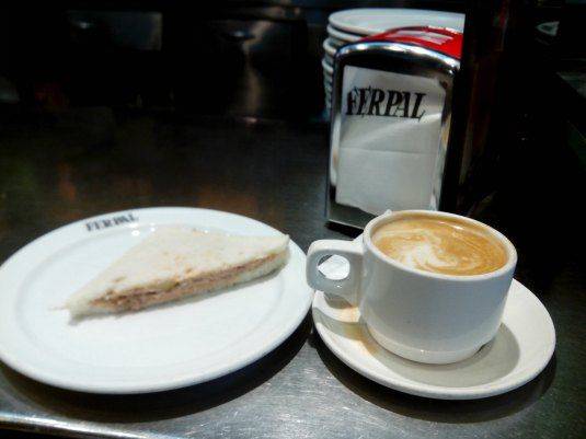 A karol le gusta una buena bebida de desayuno 5