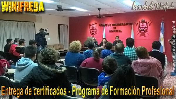 Entregaron certificados en Winifreda