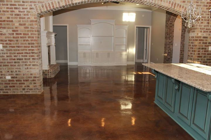Walnut acid stain, decorative concrete, concrete floors, decocretestidios.com