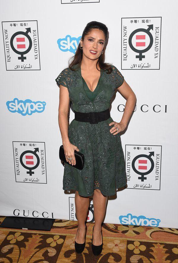 Salma Hayek presume cinturita - Yahoo Celebridades