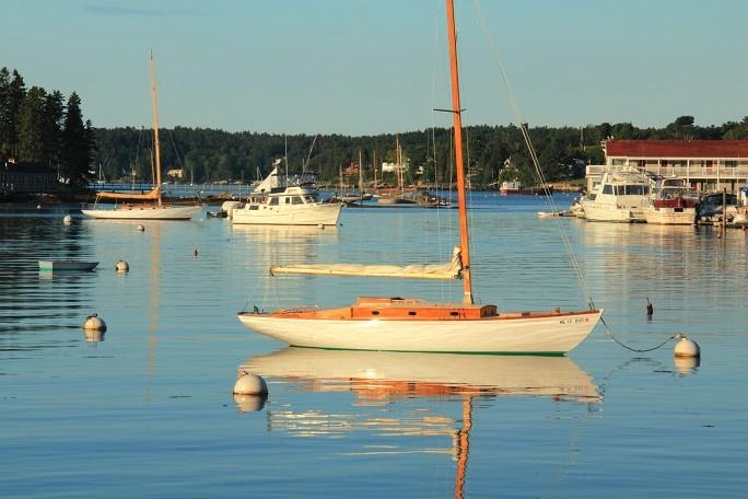 Boothbay Harbor boats, Maine seacoast