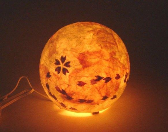 和紙ランプ/淡墨桜をテーマにした限定ランプシェード