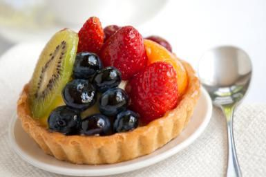 Fruit tart with pastry cream filling - Lai Morris / Getty Images
