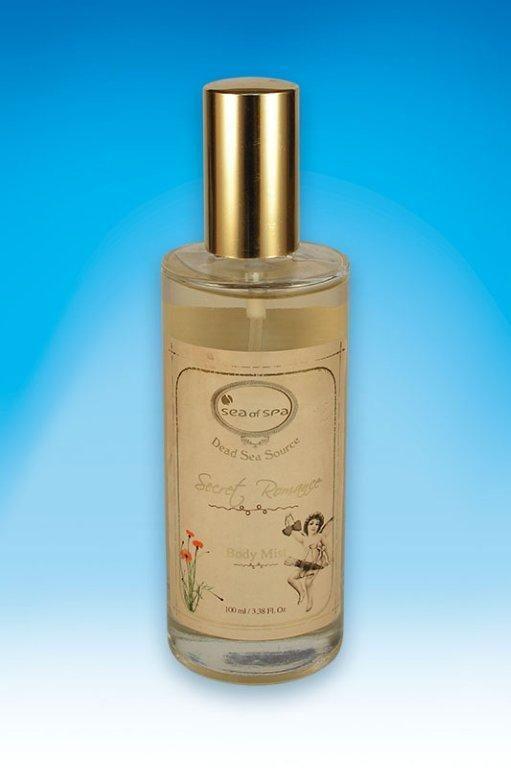 Mgiełka zapachowa do ciała. Secret Romance. 100 ml Odświeżający spray do ciała wzbogacony o kompozycję niezbędnych dla zdrowia minerałów z Morza Martwego. Delikatnie perfumuje i nawilża skórę, pozostawiając ją miękką i zmysłowo pachnącą przez cały dzień.