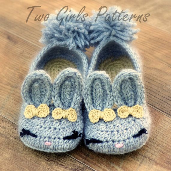 Women's Slippers The Classic Year-Round Bunny House Slipper PDF crochet pattern - Women's sizes 5 - 10 - Pattern number 212 Instant Download