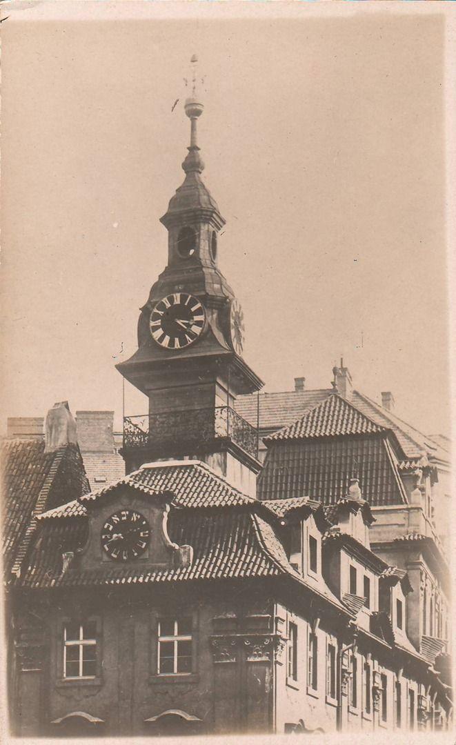Reach, Zikmund - Jüdisches Rathaus mit hebräischer uhr (Jewish Town Hall with Clock in Hebrew), gelatin silver print