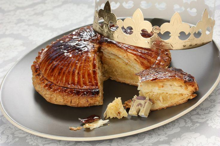 Galette des Rois sencilla: el dulce de Reyes a la francesa # La receta original de la galette de Rois ya la tenéis por Alberto (así como la historia del roscón de Reyes), pero esta es una versión rápida pero que igualmente está deliciosa. Además, la hacemos ... »