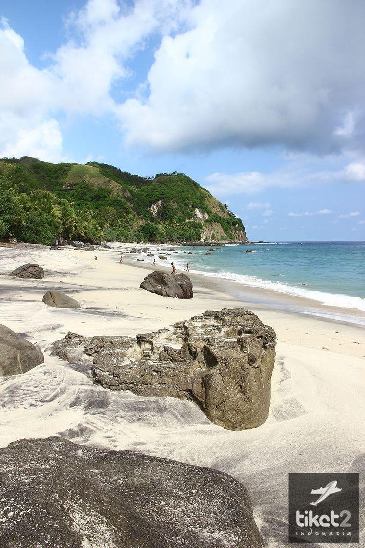 Pantai Sikka - Flores