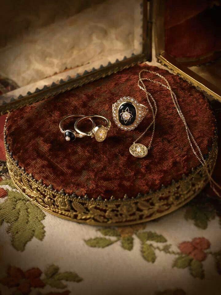 Agete jewelery