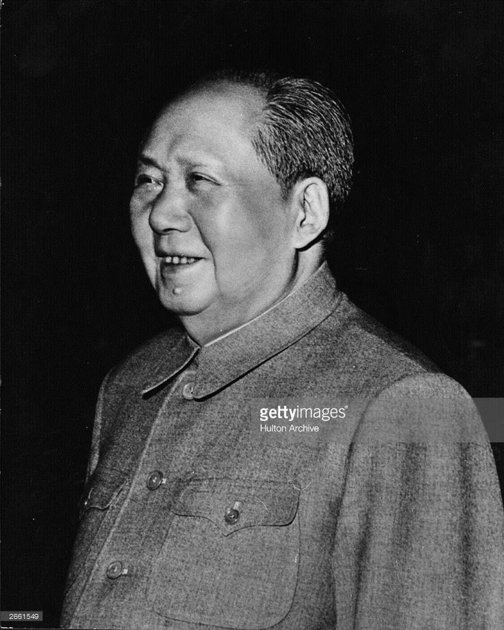 a history of china during the kmts fall and mao tse tungs death Mao was born on 26 december 1893 into a peasant family in shaoshan, in hunan in 1921, he became a founder member of the chinese communist party (ccp) which, together with poor harvests, led to famine and the deaths of millions.