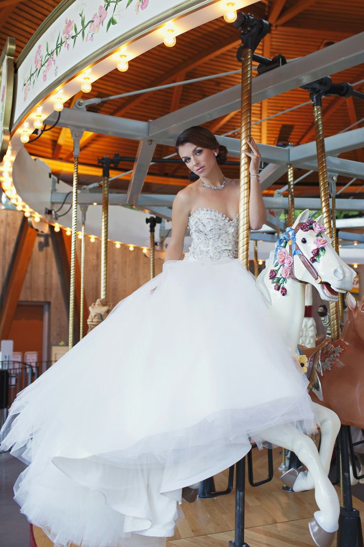 We love everything about this shoot....showing off The Butchart Gardens Carousel and Italian Gardens...