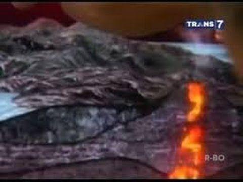 KELUD VOLCANIC eruption in 14 FEBRUARY 2013 West Java, indonesia #prayforkelud in Valentine day