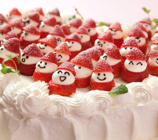 結婚式場写真「メルパルク人気NO.1のウェディングケーキ♪イチゴの笑顔がいっぱいのかわいいケーキ!ハート型なのも人気の理由♪♪」 【みんなのウェディング】