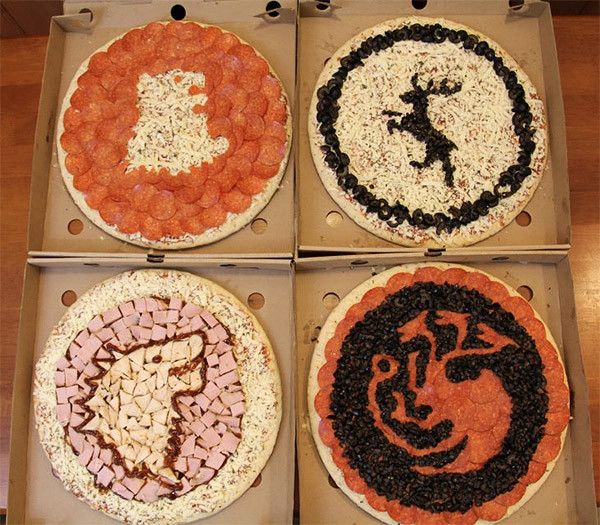 Pepperoni is Coming: Check out these Game of Thrones Pizzas! [Pic] | Geeks are Sexy Technology News  --- SO COOL!!! Now all we need are pizzas to celebrate the season 8 premier of DEXTER .... bloody good show!